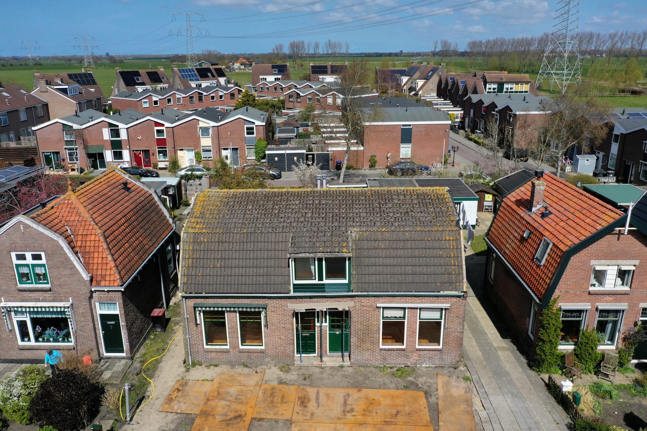 Assendelft – Dorpsstraat 196-198